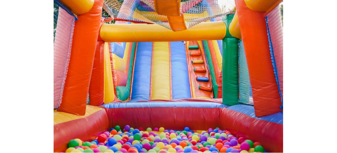 Why are Bounce Houses a smart party idea?